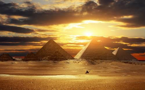 Обои для рабочего стола пирамиды